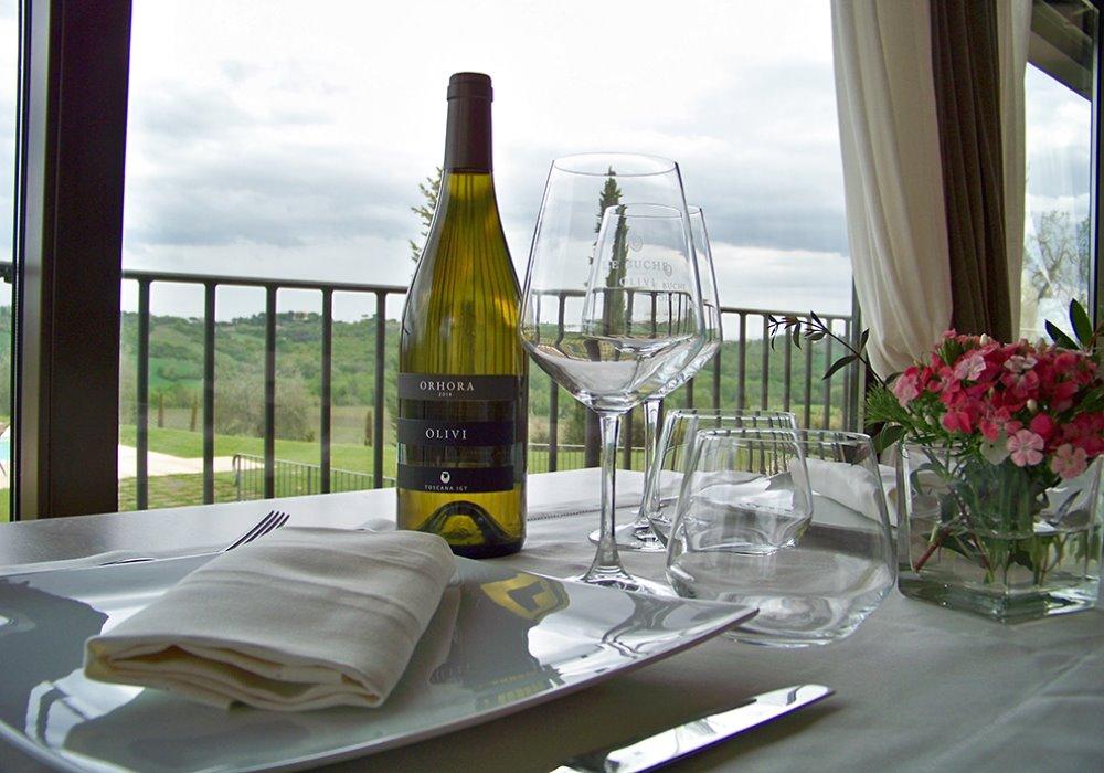 ORHORA LE BUCHE Importante vino bianco toscano