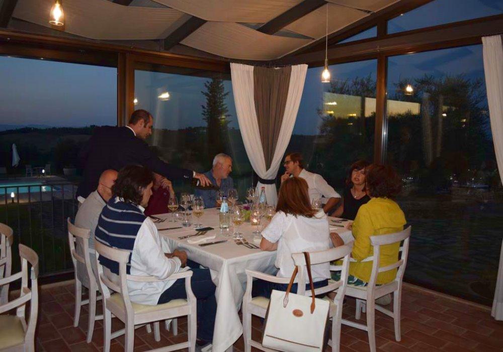SECONDA CENA DEGUSTAZIONE A LE BUCHE WINE RESORT Con i vini Cantina Le Buche