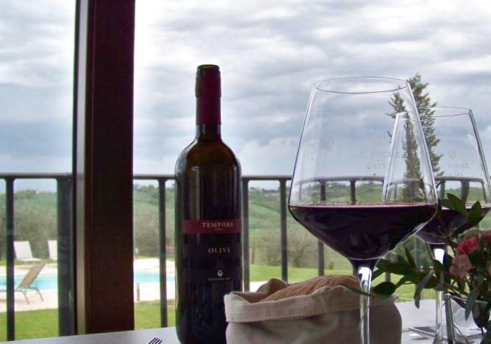 10 CURIOSITÀ SUL VINO ITALIANO Quante cose sapete sul vino