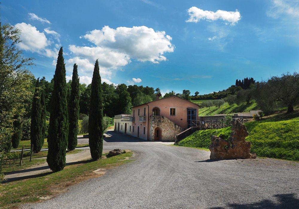 SOGNI UNA VACANZA IN CANTINA? Scopri Le Buche Wine Resort in Toscana